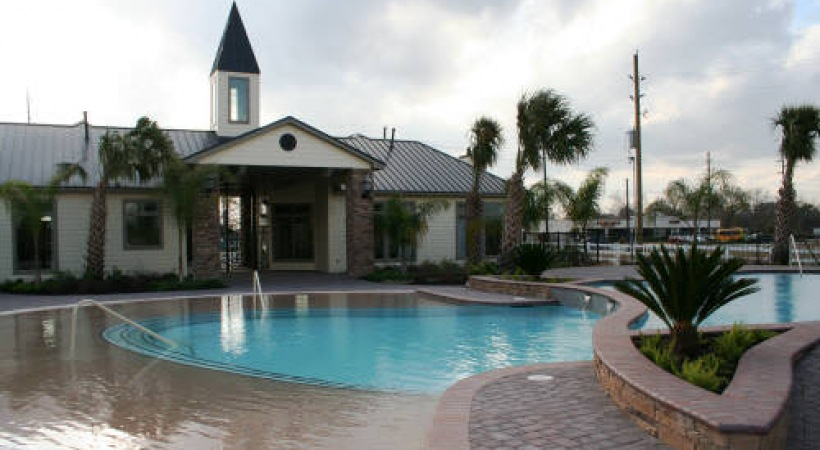 Parkway Ranch Pool with Office